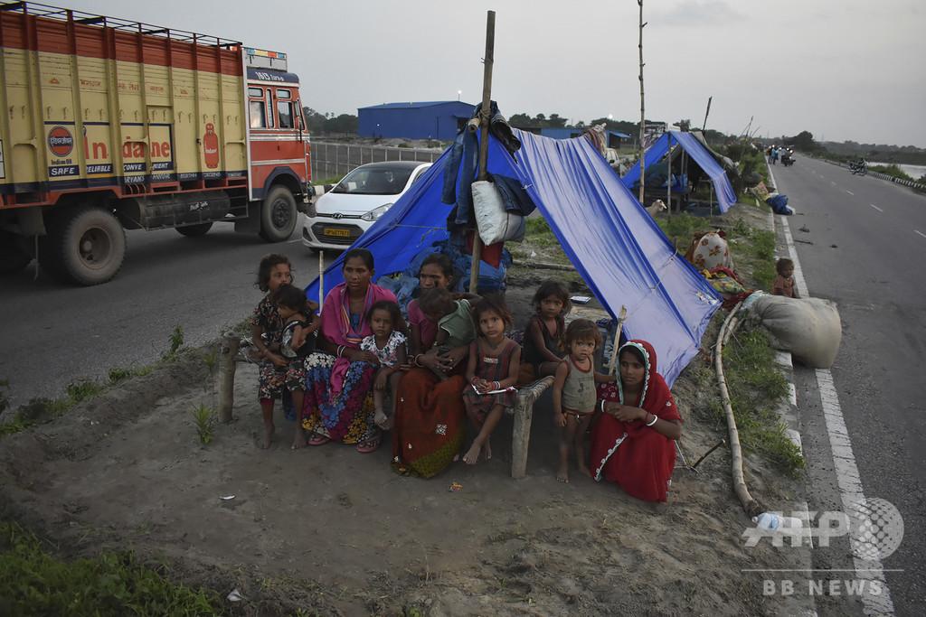 「誰も気にかけてくれない」 インド洪水被災者の飢えと絶望