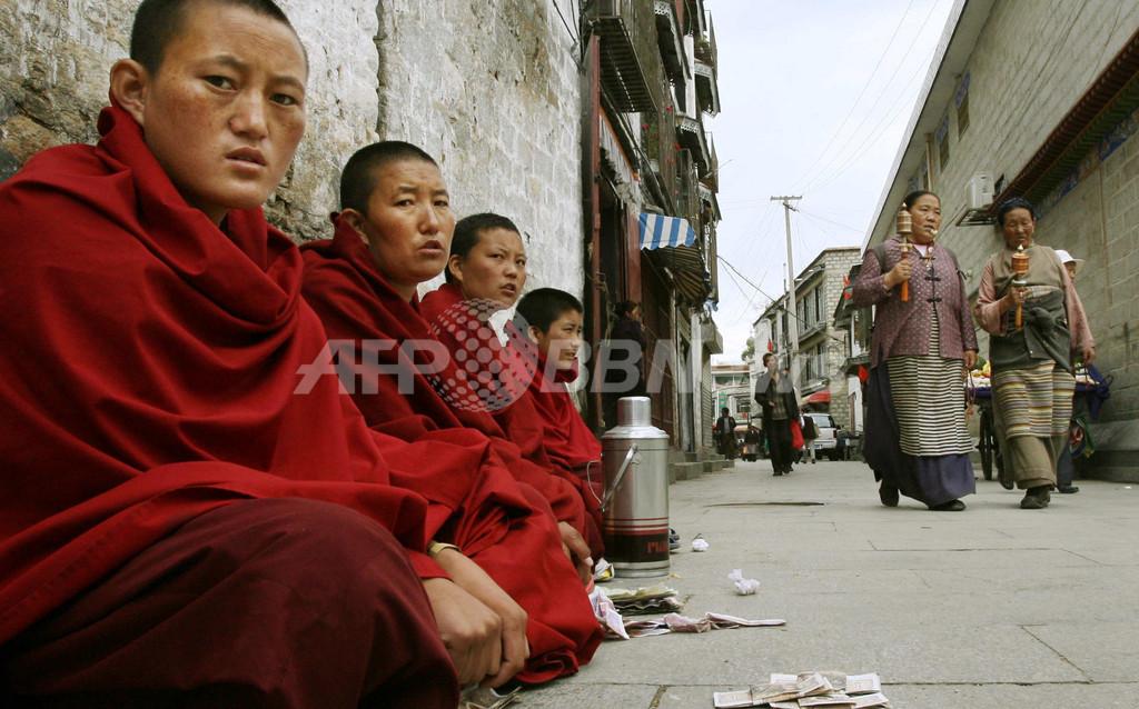 中国政府、チベット高僧の転生に事前申請を要求