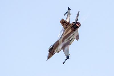イスラエル軍のシリア空爆、過去18か月で202回 異例の公表