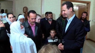 動画:アサド大統領、解放のドルーズ教徒と対面し兵役求める シリア