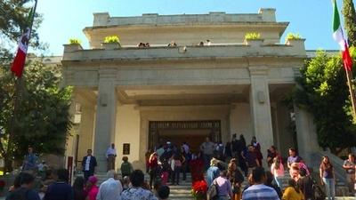 動画:メキシコ新大統領、公邸に居住せず一般公開