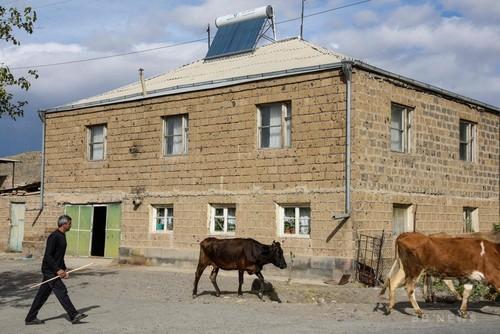 アルメニア、太陽光エネルギーで脱ロシア依存
