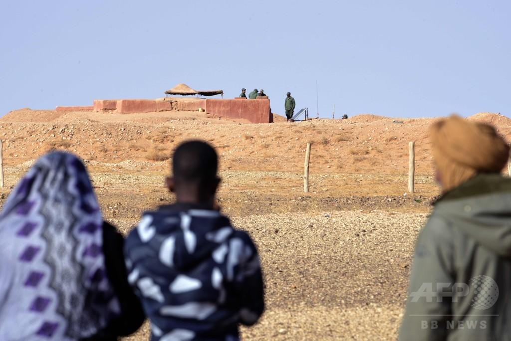 西サハラを貫く「恥の壁」の裏側に住む人々