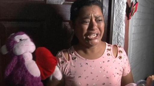 動画:「アメリカンドリームを追っていた」 移民親子水死、家族の悲痛な思い