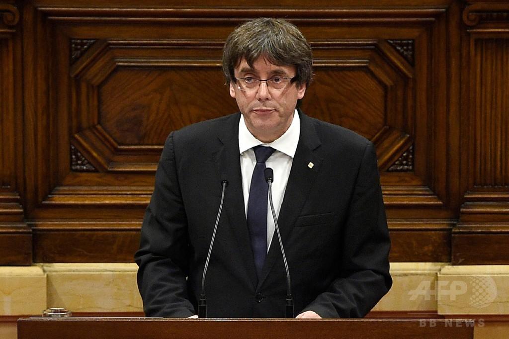 カタルーニャ、独立宣言を保留 州首相、スペイン政府との対話提案