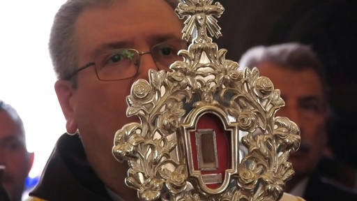 動画:キリストが寝た飼い葉おけの木片、ベツレヘムに里帰り 約1300年ぶり