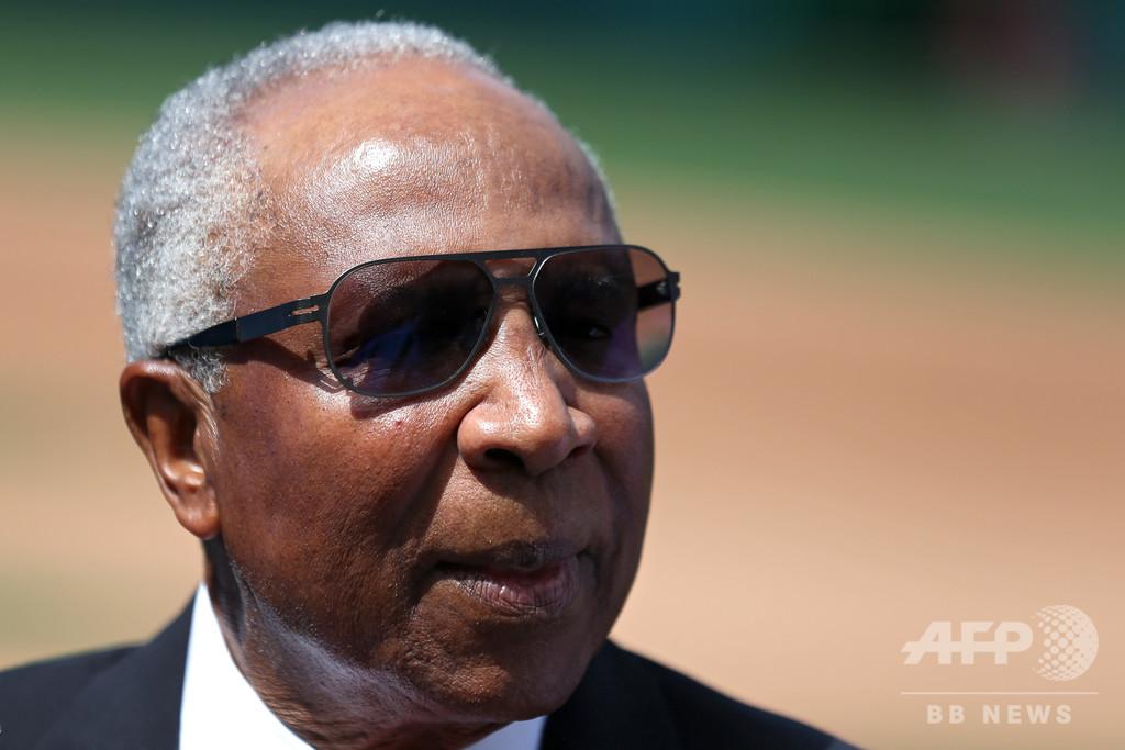 フランク・ロビンソン氏が死去、MLB史上初のアフリカ系米国人監督