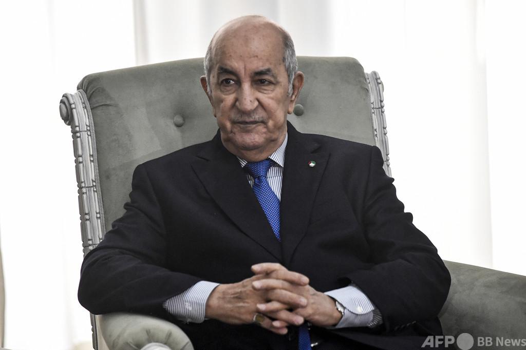 アルジェリア大統領、ドイツ病院に搬送 側近のコロナ感染疑いで自主隔離中
