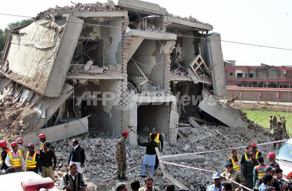 パキスタンでまた自爆攻撃、9人が死亡 24時間で3回目