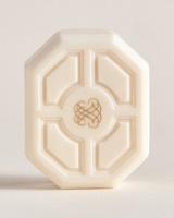 仏・総合美容薬局「ビュリー」、日本で石鹸刻印サービスをスタート