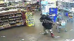 ケニア・モール襲撃事件、武装グループは逃走の可能性 NY市警