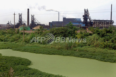 中国・湖南省で工場排水で水道水...