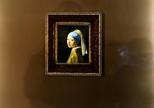 「真珠の耳飾りの少女」、一般公開での科学的検証へ