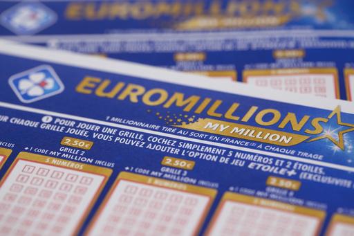 宝くじ「ユーロミリオンズ」、最高額の220億円 英国で当せん者