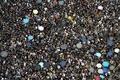 香港、反政府派が市中心部で大規模デモ 7週連続