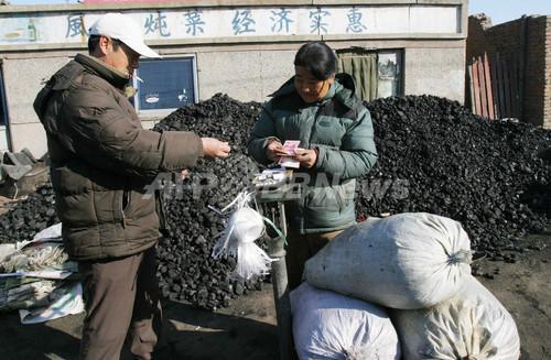 中国が燃やす石炭で温暖化一時止まる、米研究