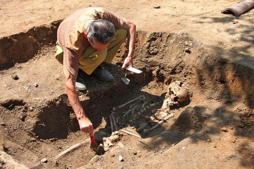 ブルガリアでまた「バンパイア」の骨見つかる
