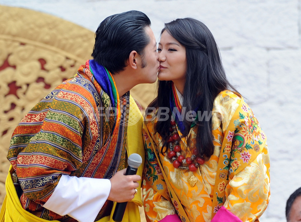 終わり迎えるブータンの複婚制度...