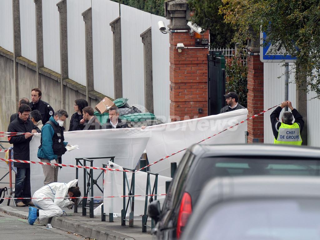 南仏のユダヤ人学校で発砲、4人死亡 バイク男の銃撃事件相次ぐ
