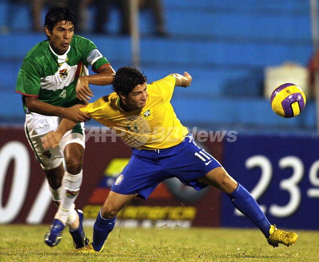 <サッカー 07南米ユース選手権>ブラジル ボリビアに快勝 - パラグアイ