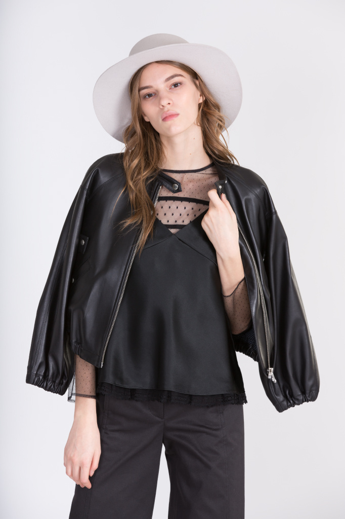 今すぐ着たい! 日本女性に寄りそう服新ブランド「フィラージュ」の洗練スタイル