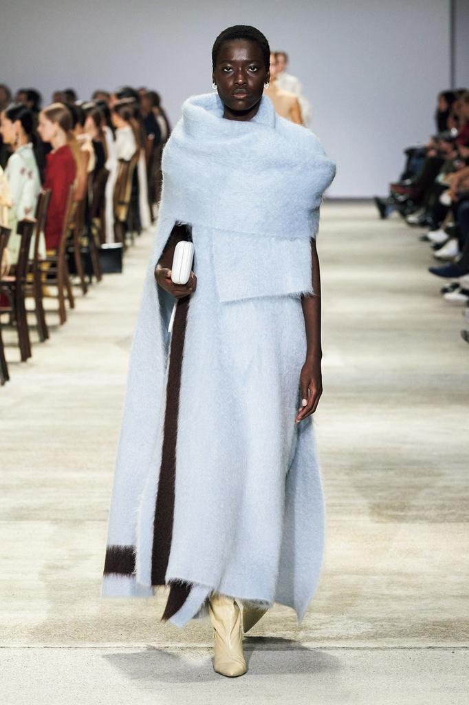 <Style Picks>Saxe Blue 癒やしのサックスブルーに包まれて