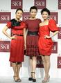 「SK-II」30周年記念イベント、小雪ら美人アンバサダー10人が登場