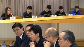 動画:香港民主派デモ、政府と学生らが協議