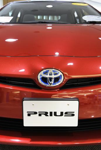 プリウスのブレーキ不具合問題で、米女性がトヨタを提訴