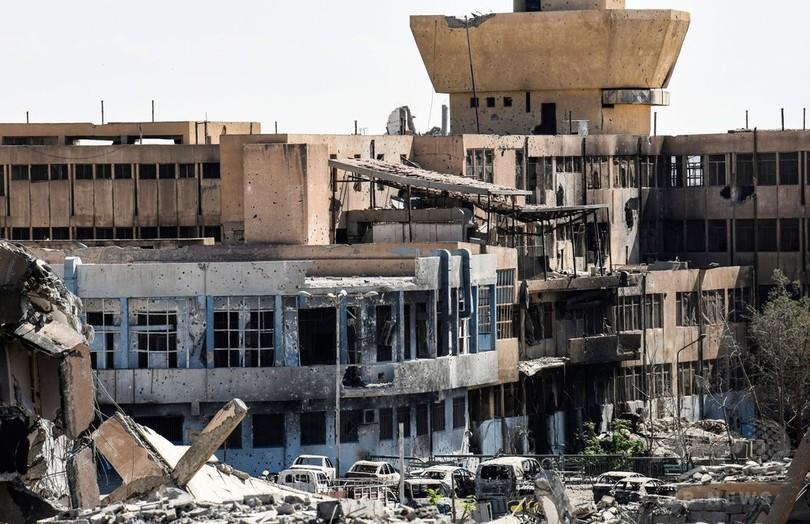 米支援のシリア民主軍、IS「最後の拠点」包囲網狭める