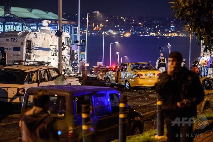 トルコのサッカー場付近で連続爆発、死傷者204人に