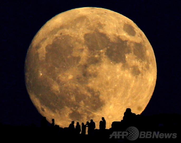 月形成の「巨大衝突説」、独チームが新たな証拠発見