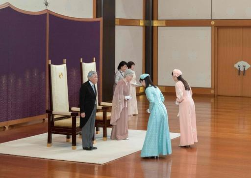 両陛下、60回目の結婚記念日