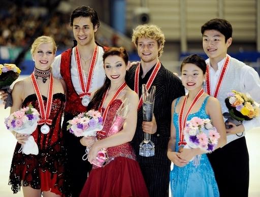 アイスダンス、デイビス/ホワイト組が優勝 リード姉弟7位 フィギュアNHK杯