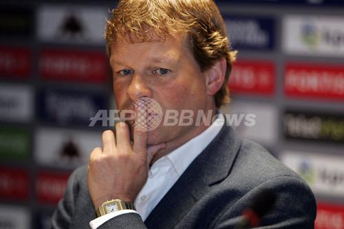 国際ニュース:AFPBB Newsエルウィン・クーマン監督が辞任