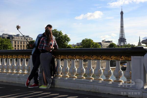 スマホ泥棒、自撮りであっさり逮捕 フランス