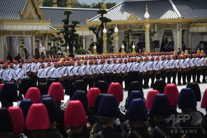 タイで前国王の葬儀の最終リハーサル
