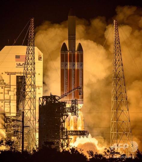 NASA「パーカー・ソーラー・プローブ」打ち上げ、史上最も太陽に接近