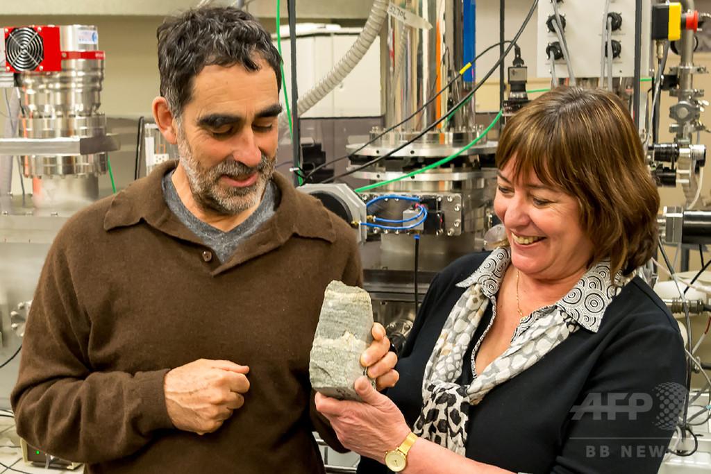地球最古の化石、グリーンランドで発見 37億年前の微生物