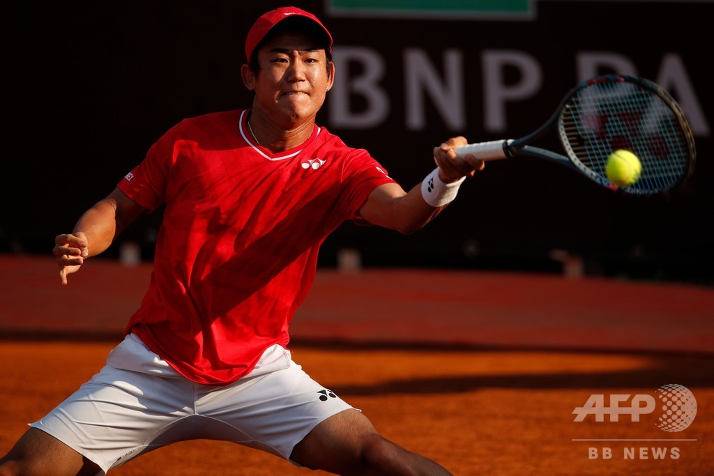 西岡、前週優勝者にストレート勝ちでイタリア国際2回戦へ