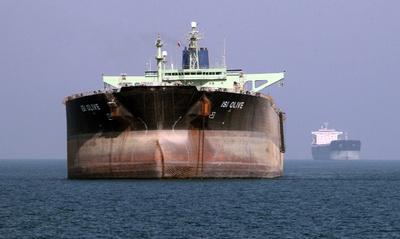 イランと韓国、原油の「物々交換」取引で合意 制裁の回避図る