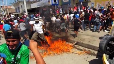 動画:集団リンチで3人死亡、児童誘拐の誤った嫌疑で エクアドル