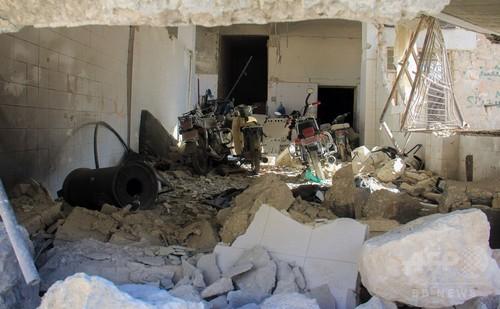 シリア軍が「テロリストの倉庫」空爆、毒ガス攻撃でロシアが見解