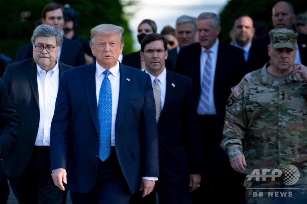 米国防長官、軍隊派遣に反対 デモ鎮圧めぐり