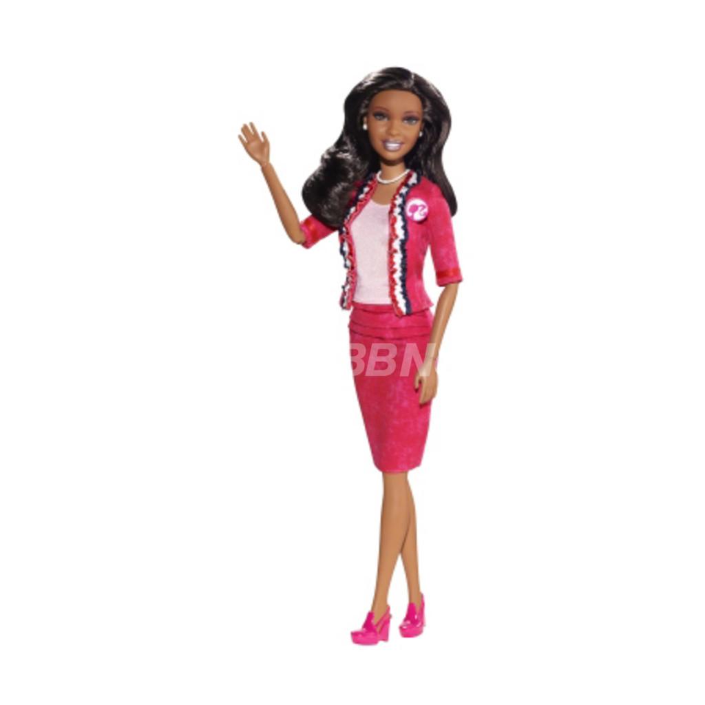 大統領選バービー人形、2012年版はクリス・ベンツ・デザイン