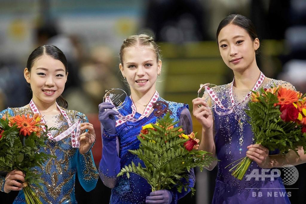 4回転3本成功のトゥルソワが逆転優勝、紀平2位 スケート・カナダ