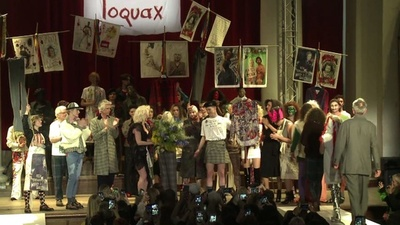 動画:V・ウエストウッドの今季コレクション、政治色濃い内容に ロンドン・ファッションウイーク