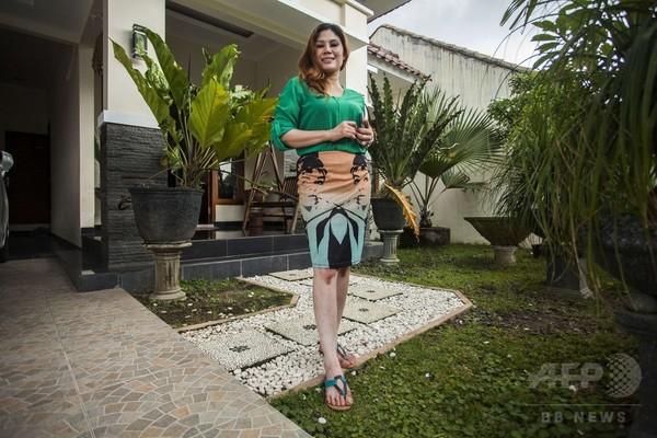 「売り家、特典は女性家主と結婚」?インドネシア