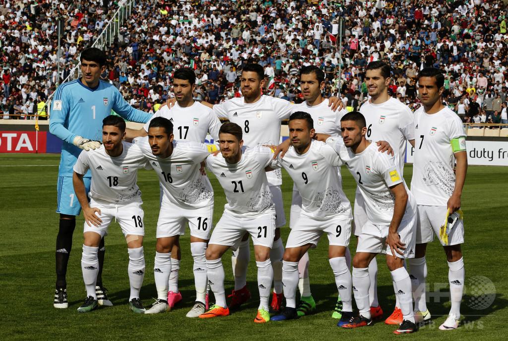 ナイキがW杯出場のイラン代表にスパイク提供せず、経済制裁の余波