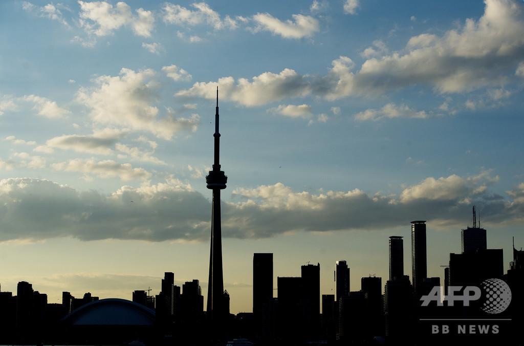 男が大便で無差別攻撃 カナダ・トロントの大学や繁華街で